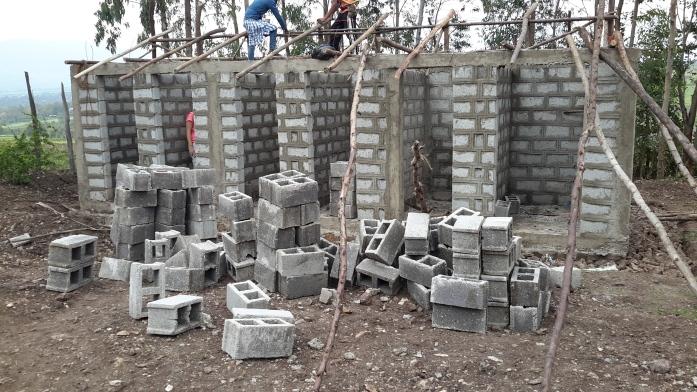latrines Gosu Kora